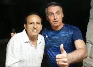 O presidente Jair Bolsonaro ao lado do pastor Edilásio Barra, em vídeo de 2016 — Foto: Reprodução/Facebook
