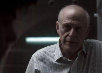 Mark Blum em cena de 'You' — Foto: Reprodução/Netflix