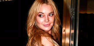 Lindsay Lohan em boate de Atenas, na Grécia, em 2016 — Foto: AP/Yorgos Karahalis