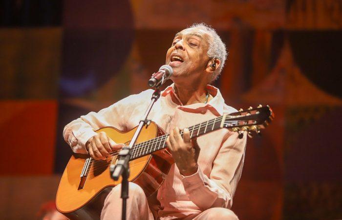 Gilberto Gil na estreia carioca do show 'OK OK OK' — Foto: Ricardo Nunes / Vivo Rio