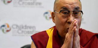 O líder espiritual Dalai Lama durante coletiva de imprensa em Londonderry, na Irlanda do Norte, em 11 de setembro de 2017 — Foto: Reuters/Clodagh Kilcoyne/File Photo