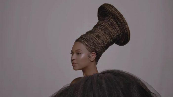 Beyoncé no novo trailer de 'Black is king' — Foto: Reprodução/Instagram/beyonce