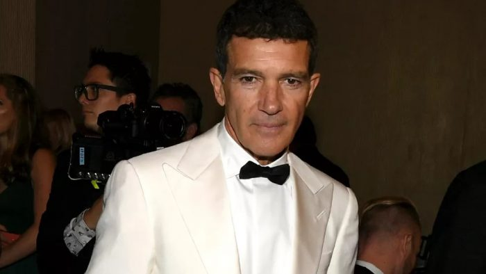 Antonio Banderas no Globo de Ouro 2020 — Foto: Kevin Winter/Getty Images North America/AFP