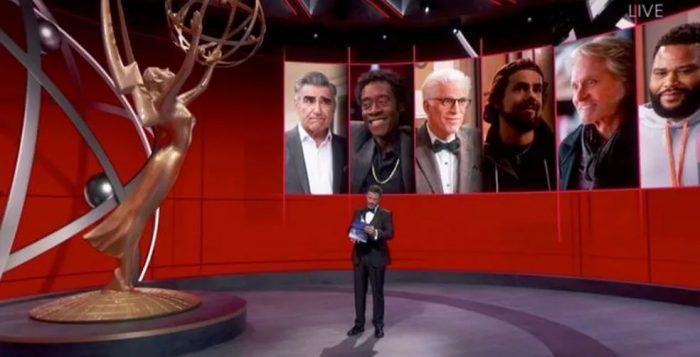 Kimmel apresentou diversas categorias enquanto que os indicados estavam em suas casas — Foto: EPA/BBC News