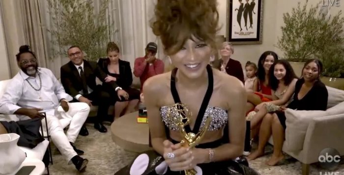 Zendaya agradece pelo Emmy por 'Euphoria' — Foto: The Television Academy e ABC Entertainment/AP