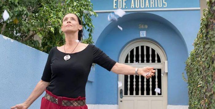 Sônia Braga em cena de 'Aquarius' — Foto: Divulgação